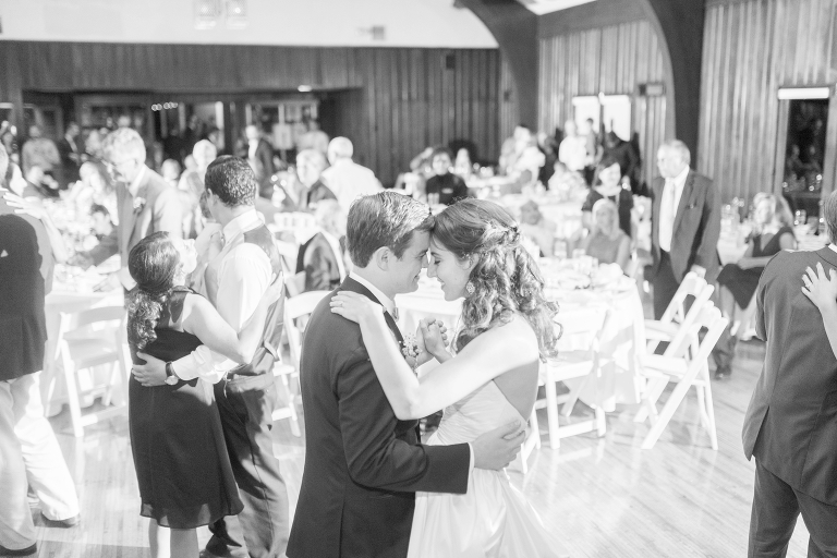 ohio-wedding-at-the-darby-house-galloway-and-st-agatha-catholic-church-upper-arlington_0080